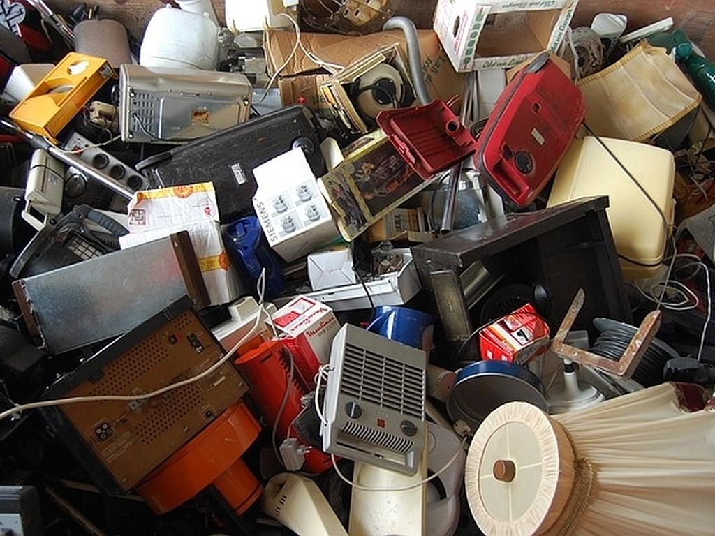 Elektroschrott: Neues Verfahren gewinnt Nuggets