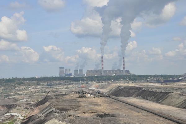 1 Belchatow IwonaOlchczyk Pixabay CC PublicDomain power station 214671 1920