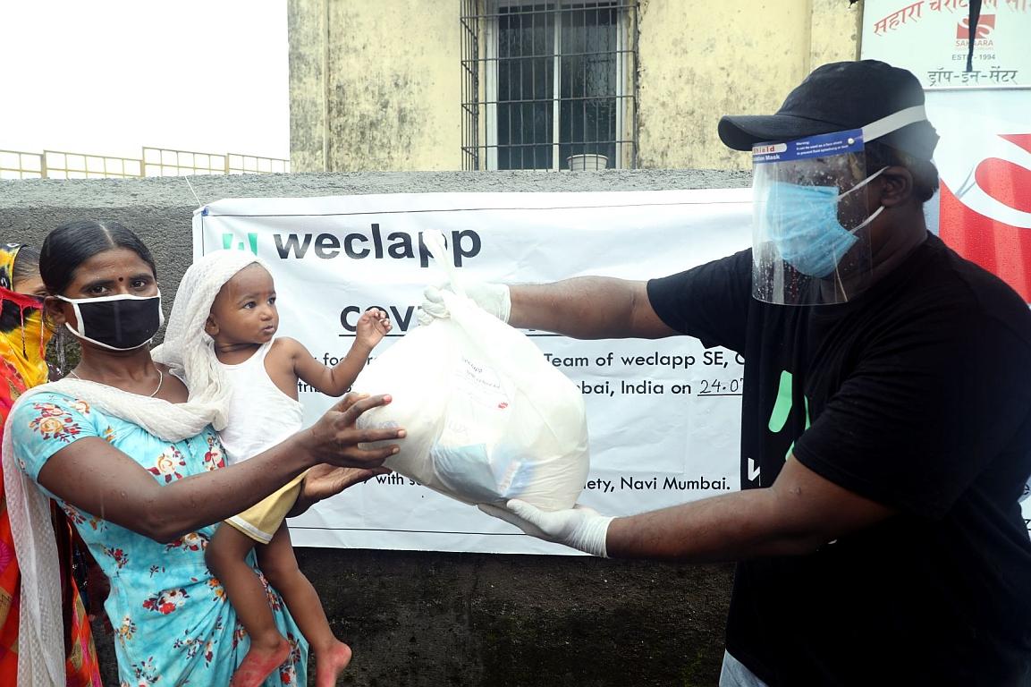 Weclapp Food Aid weclapp helps families 1