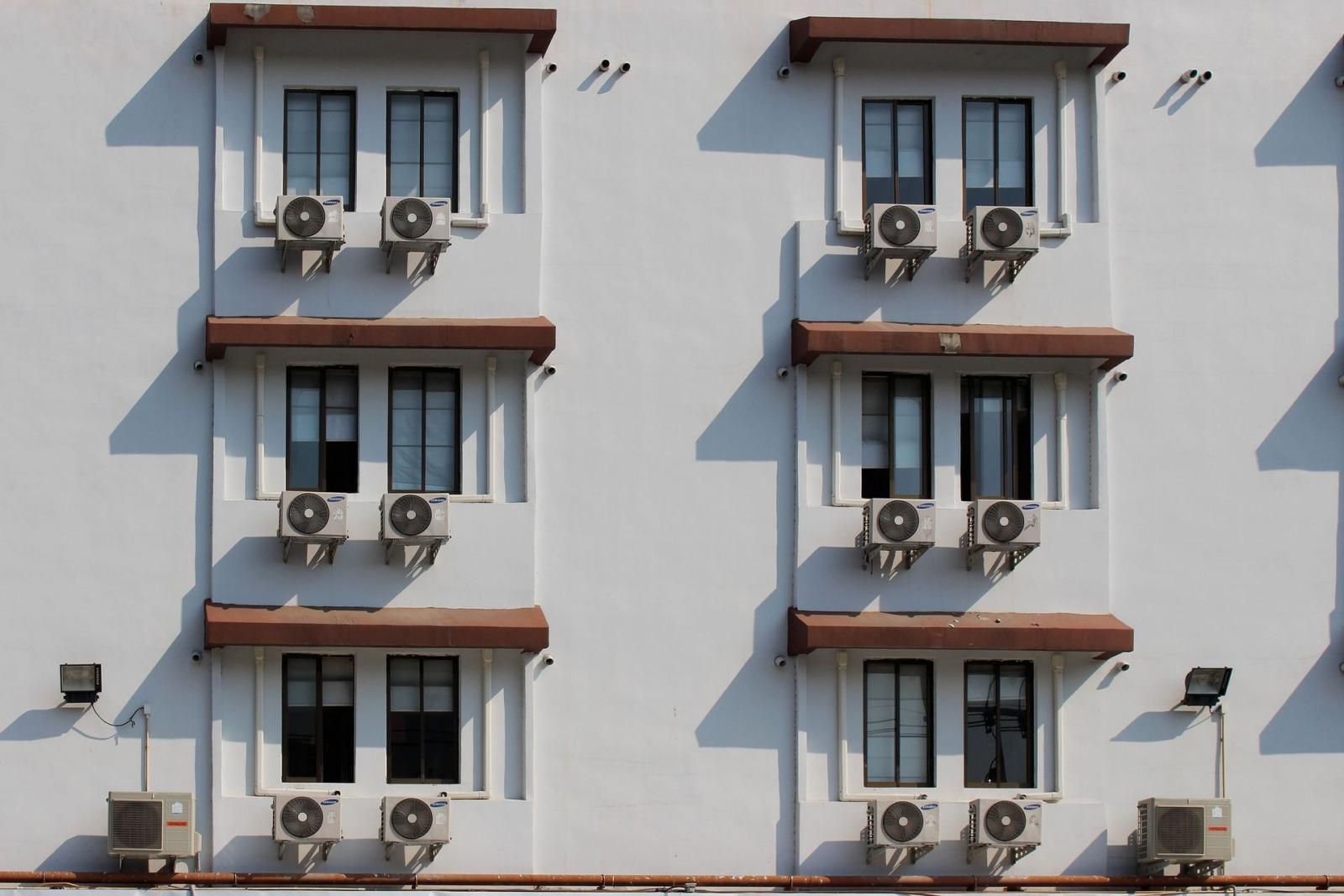 klimagraete klimaanlage air conditioner Dean Moriarty pixabay