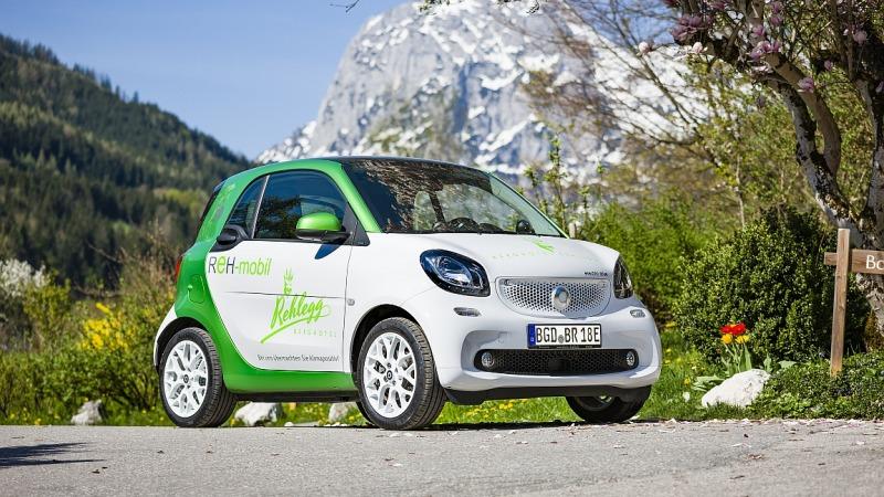 Hotels mit Ladestation für Elektroautos im Alpenraum