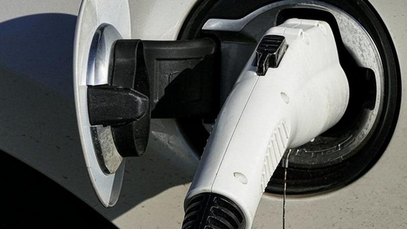 Hoher Strompreis erschwert Kauf von Elektroautos