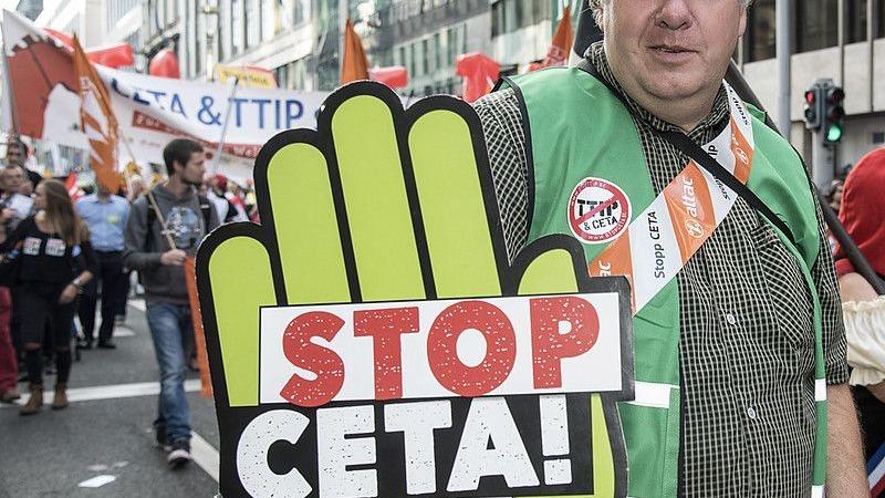 Ceta-Ablehnung: Bundesregieung hofft auf Einknicken