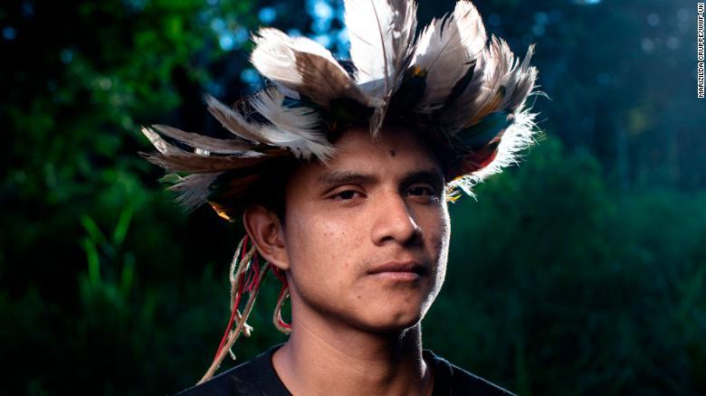 Amazonas-Stämme kontrollieren Abholzung per Drohnen