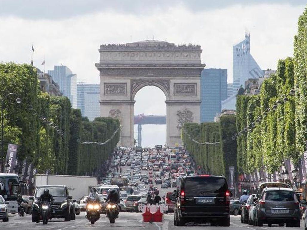Zur Kasse: Frankreich plant hohe CO2-Steuer für Sportautos