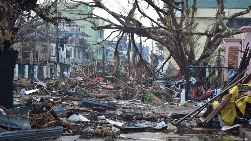 Klimarisikoversicherungen: Rette sich, wer kann
