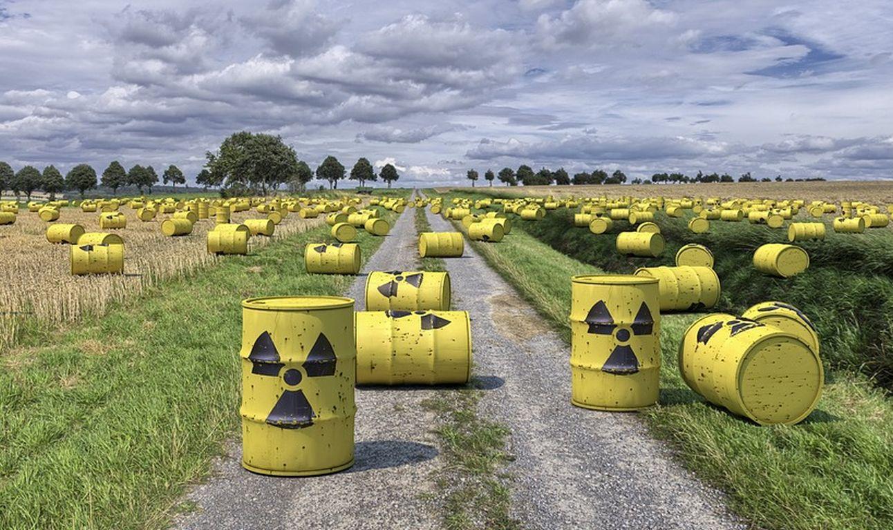 Atomschutt auf Hausmülldeponien