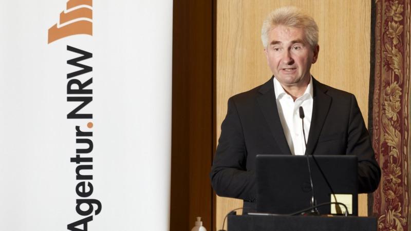 Pinkwart macht Energie-Agentur platt