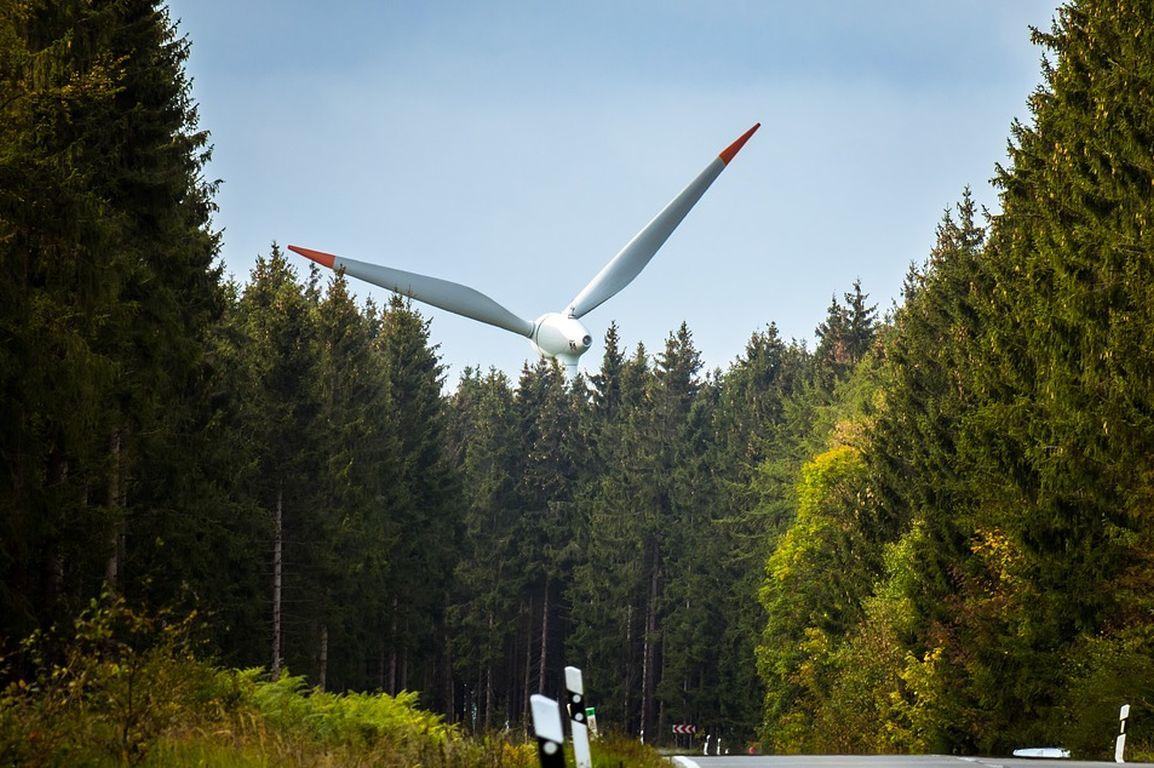 Klage gegen Abstandsregel für Windräder