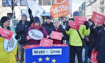 CETA Demo in Bruessel Uwe Hiksch Flickr cc