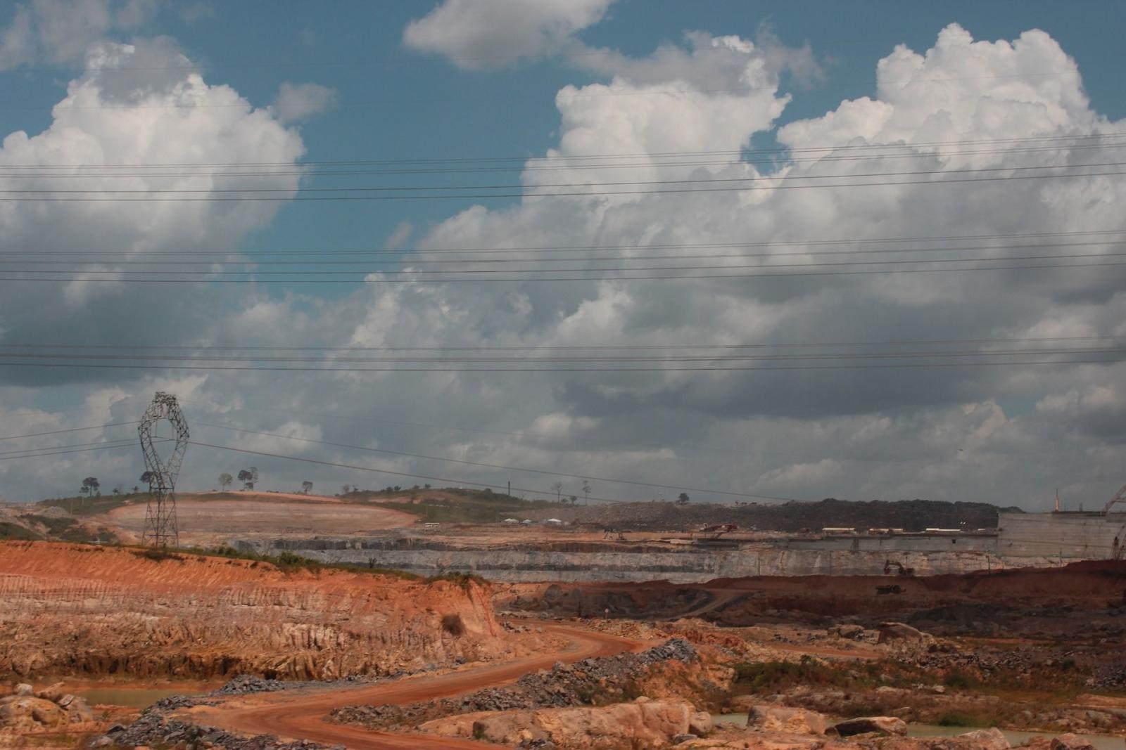 amazonas staudamm belo monte dam under construction Anders Fristroem pixabay