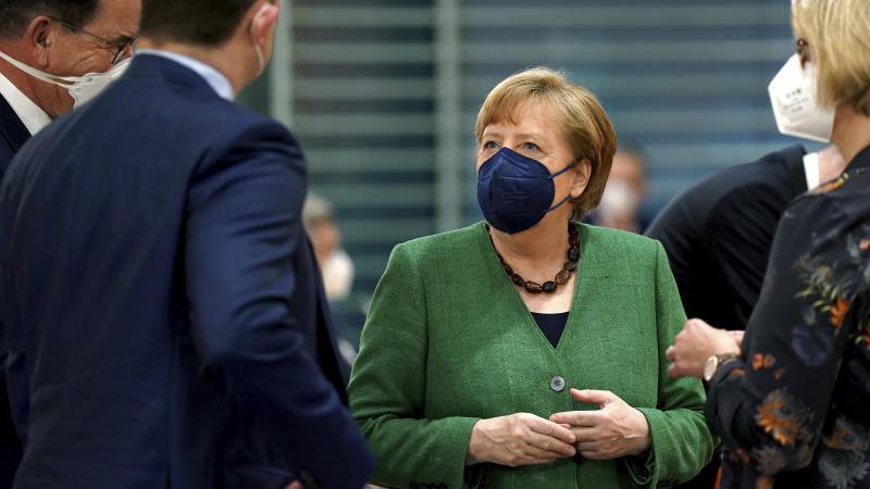 """Merkel will """"Verhaltensänderungen von allen"""""""