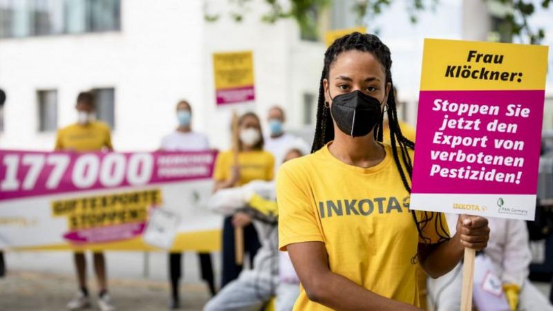 "177.000 Menschen wollen ""Giftexporte stoppen!"""