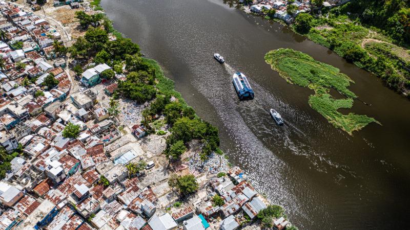 Zusammenarbeit von The Ocean Cleanup und Coca-Cola