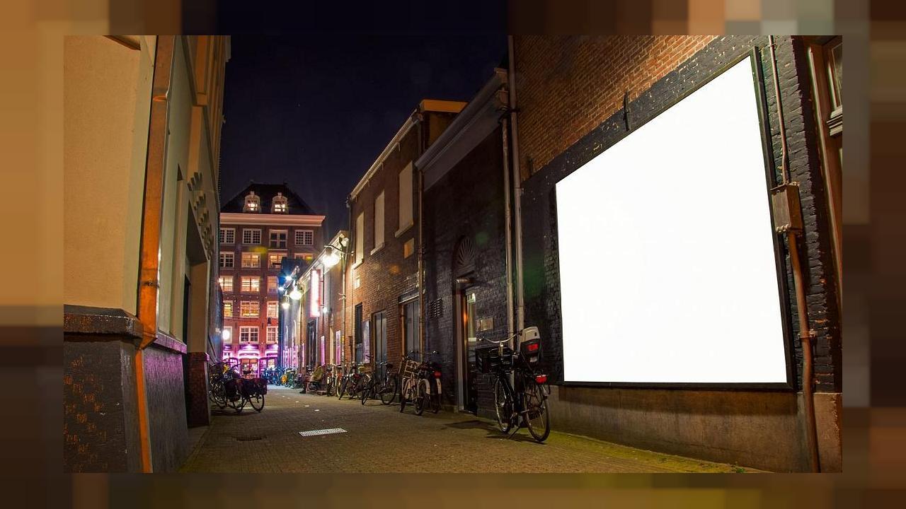 Amsterdam verbannt Werbung für Klimakiller