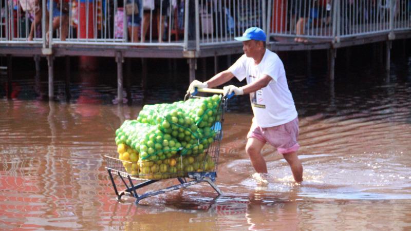 Jahrhundert-Hochwasser überflutet Brasilien