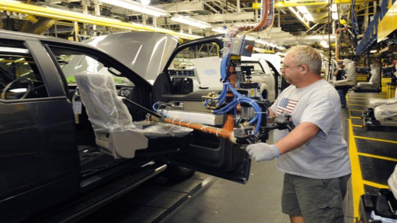 Automobilbau: Bei  Nachhaltigkeit mehr Gas geben