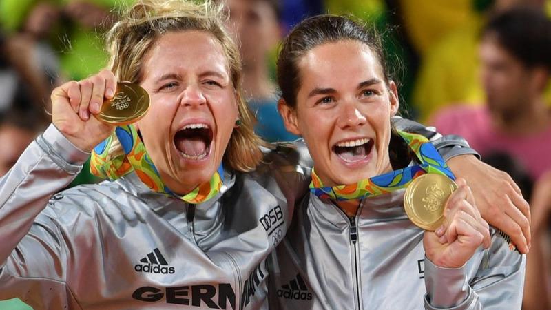 Elektroschrott am Hals: recycelte Medaillen bei Olympia