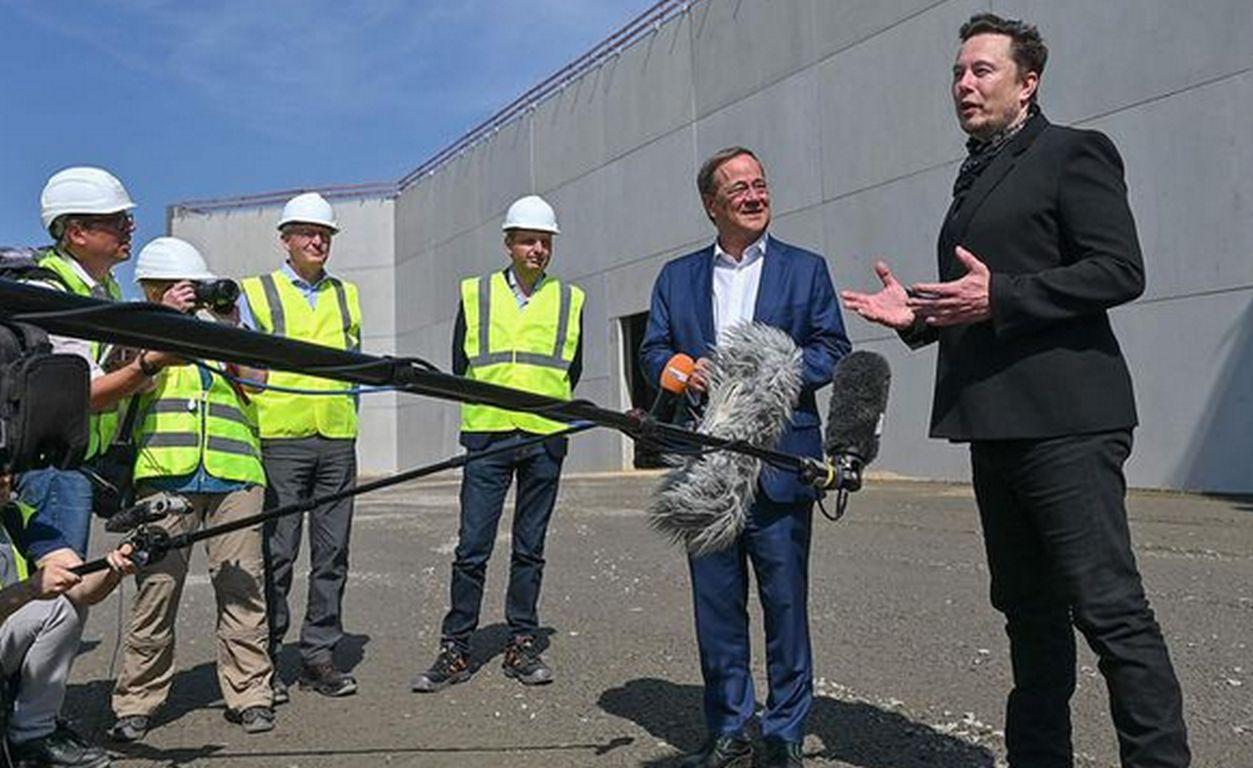 Kritiker formieren sich gegen Tesla-Fabrik bei Berlin