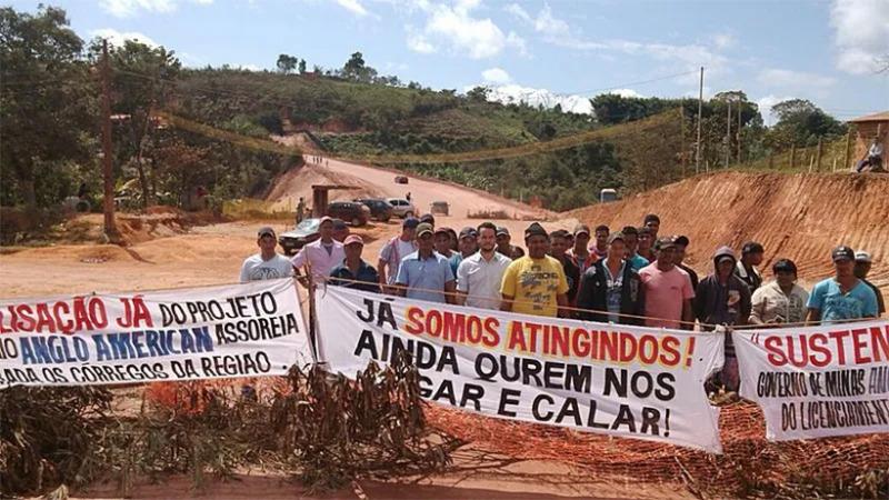 Deutsche Banken investieren in Bergbauunternehmen mit Konflikten in Brasilien